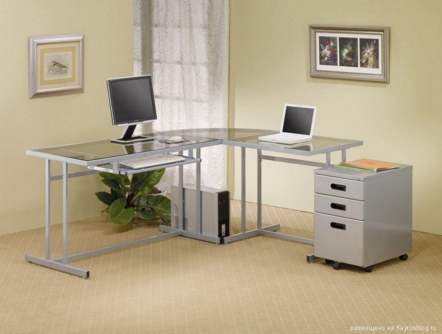 Даешь стол компьютерный угловой в каждый дом!.