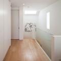inter-er-doma-v-stile-minimalizm-ot-kompanii-rck-design-17