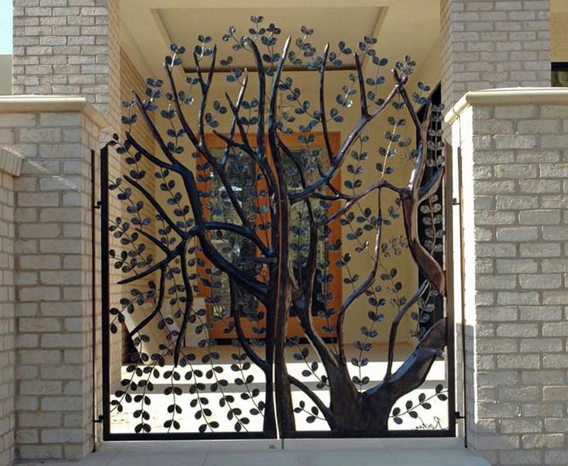Ворота в частных домах дизайн фото