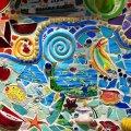 mozaika-iz-bitoj-keramicheskoj-plitki-interesnoe-uvlechenie-dlya-vsej-sem-i-14
