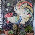 mozaika-iz-bitoj-keramicheskoj-plitki-interesnoe-uvlechenie-dlya-vsej-sem-i-15