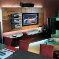 plazmenny-e-televizory-v-inter-ere-vashego-doma-2