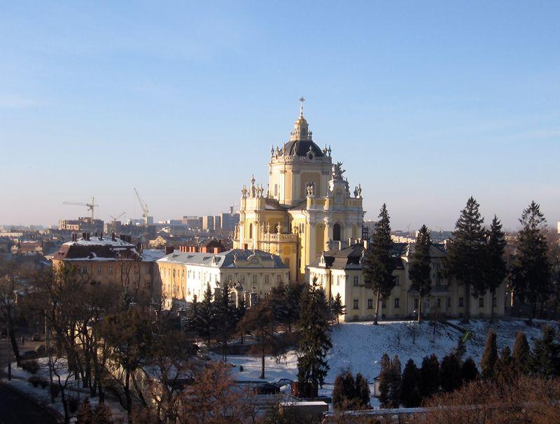 sobor-svyatogo-yura-zhemchuzhina-l-vova-16