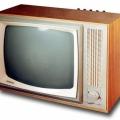 sovetskie-televizory-vintazhny-j-dizajn-dlya-vashego-inter-era-21