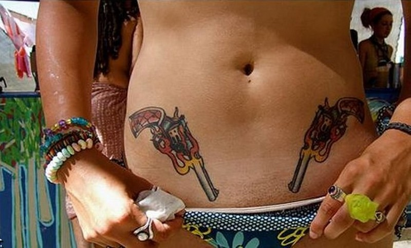 fotografii-intimnih-tatuirovok