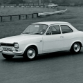 stary-e-i-novy-e-avto-ford-escort-7