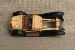 udivitel-ny-e-masshtabny-e-modeli-avtomobilej-iz-dereva-ot-alekseya-safonova-2