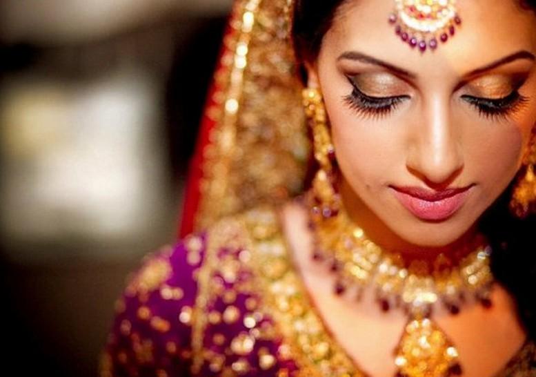 Портретные фото невест из Индии