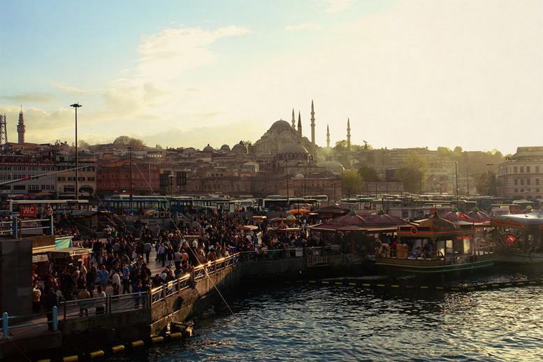 Cтамбул на фото Петра Ловыгина