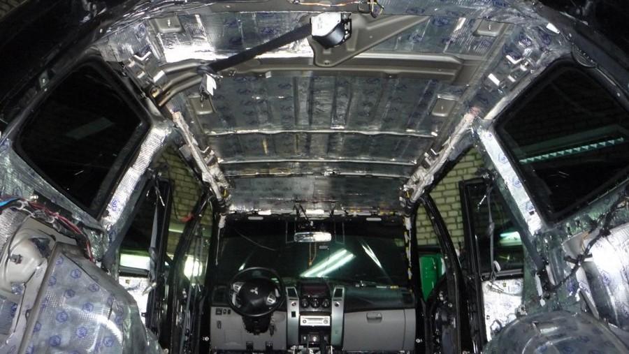 Качественный автозвук за счет шумоизоляции автомобиля 2