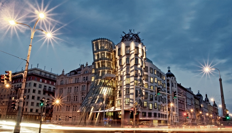Прага, фото достопримечательностей - Танцующий дом