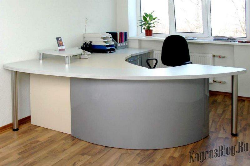 Как выбрать правильный офисный стол.