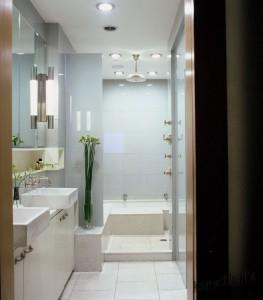 Интерьер маленькой ванной тоже можно обустроить по вашему вкусу 3