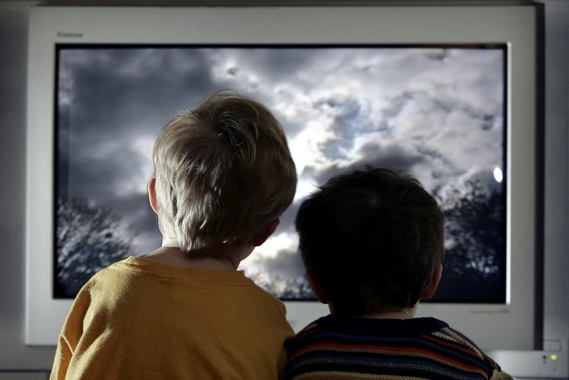 Ребёнок и просмотр мультфильмов - советы врача