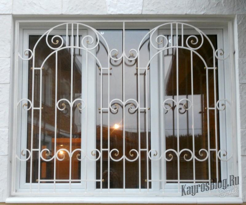 - закрывает любые окна: