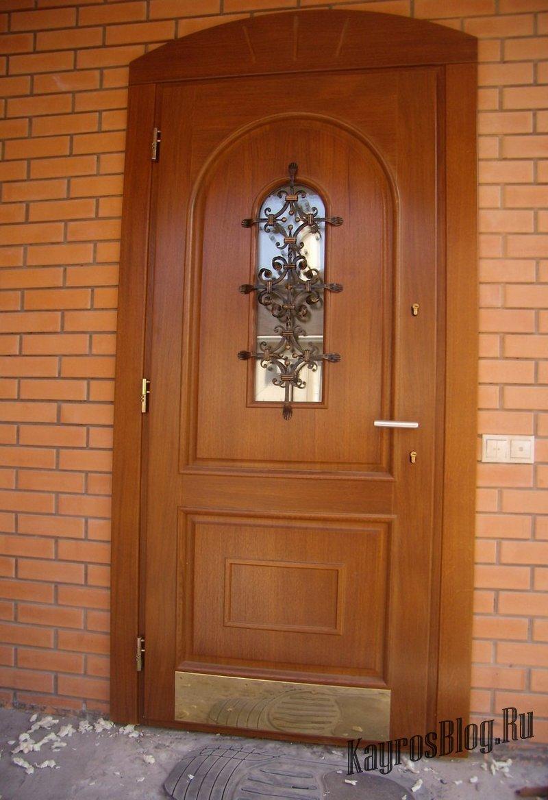 входная дверь недорого в частном доме