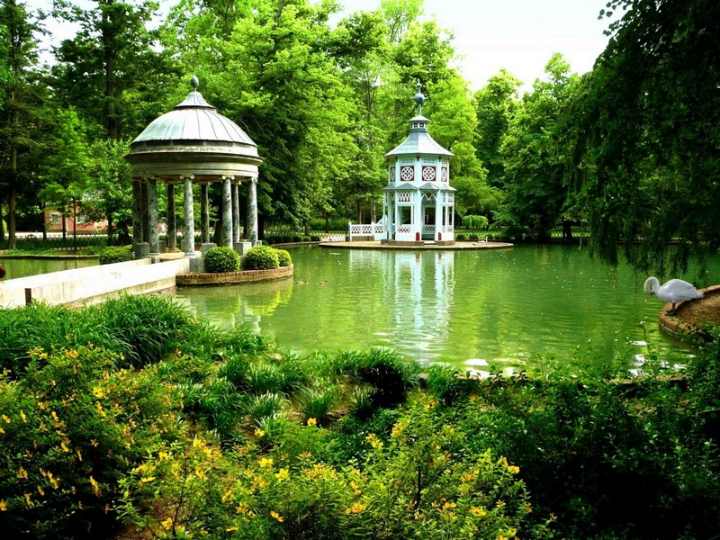 парки с водоёмами