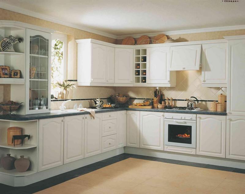 Из каких материалов можно сделать кухню
