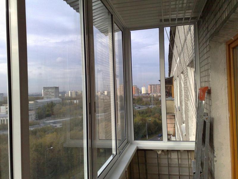 Как лучше остеклить балкон - советы профессионалов.