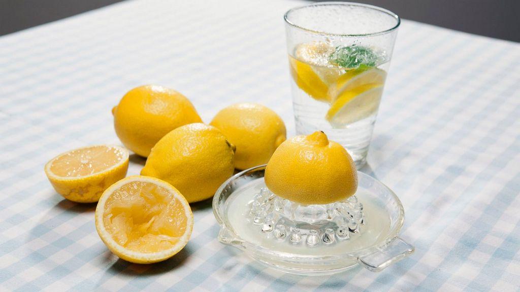 Почему употреблять лимонную воду следует именно утром 4