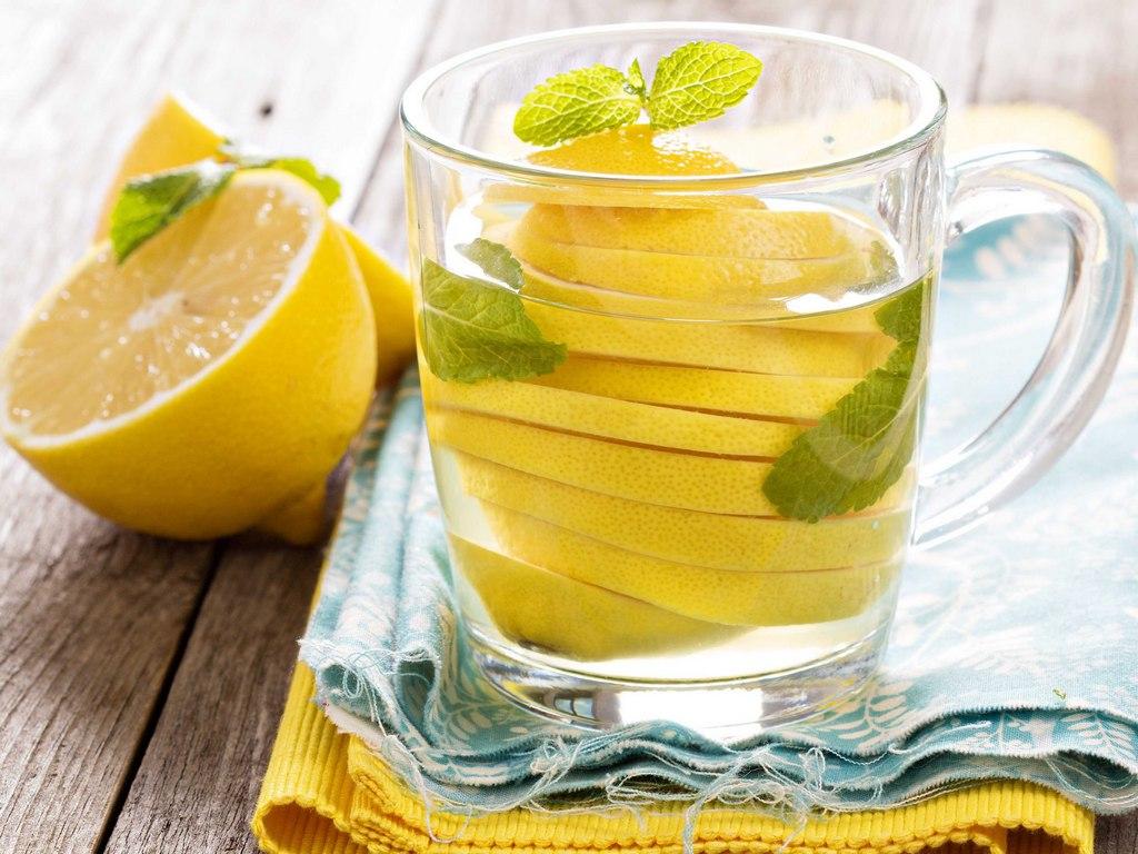 В чем заключается польза лимонной воды 3