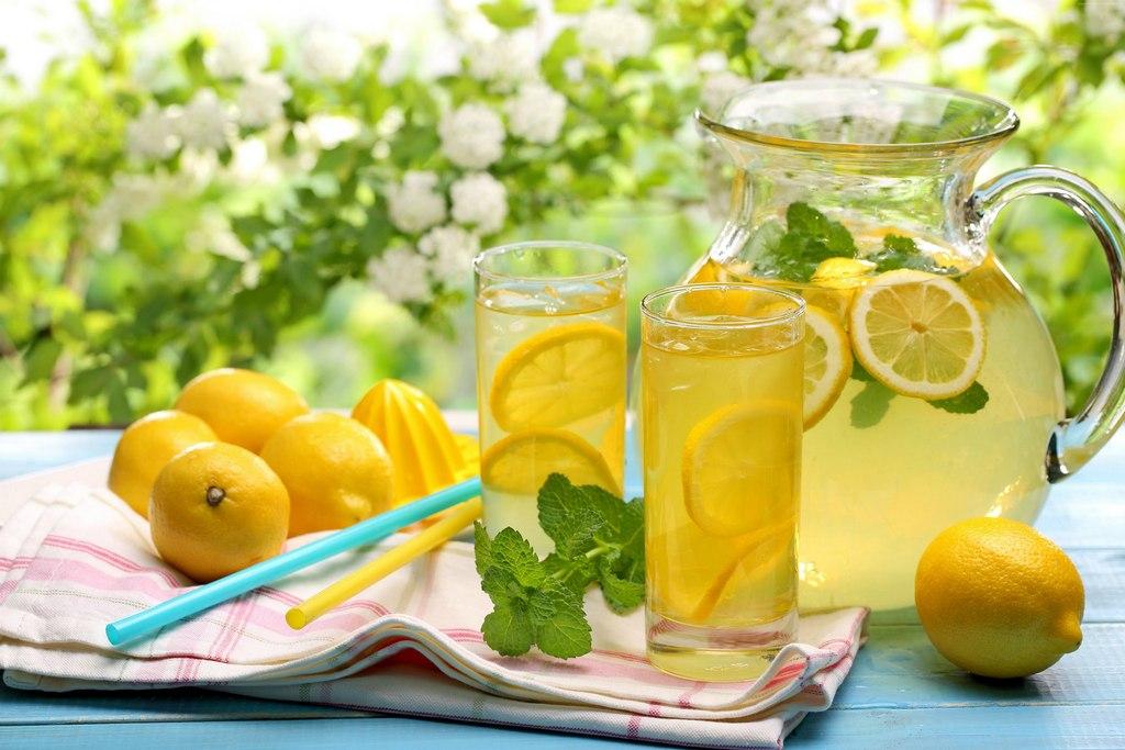 В чем заключается польза лимонной воды 4