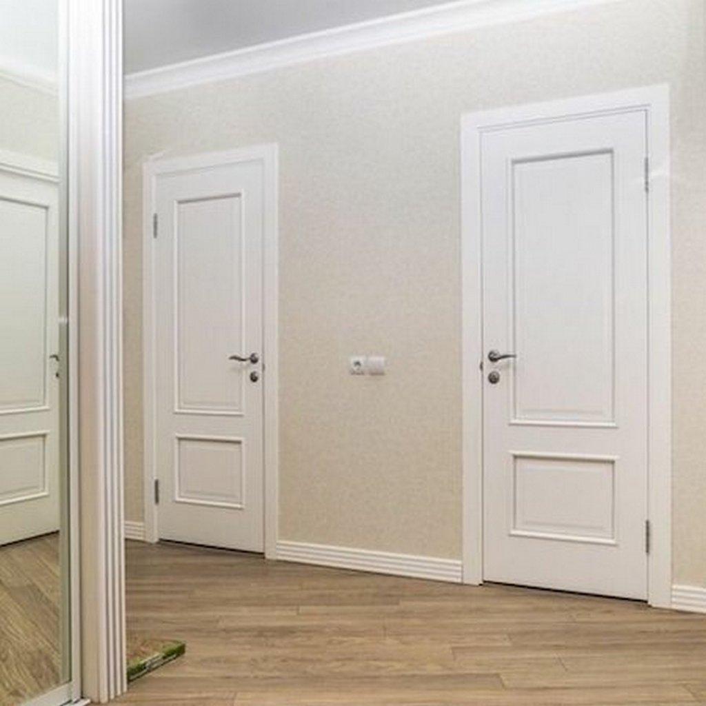 Двери ульяновские в белом ясени. Вид со стороны коридора