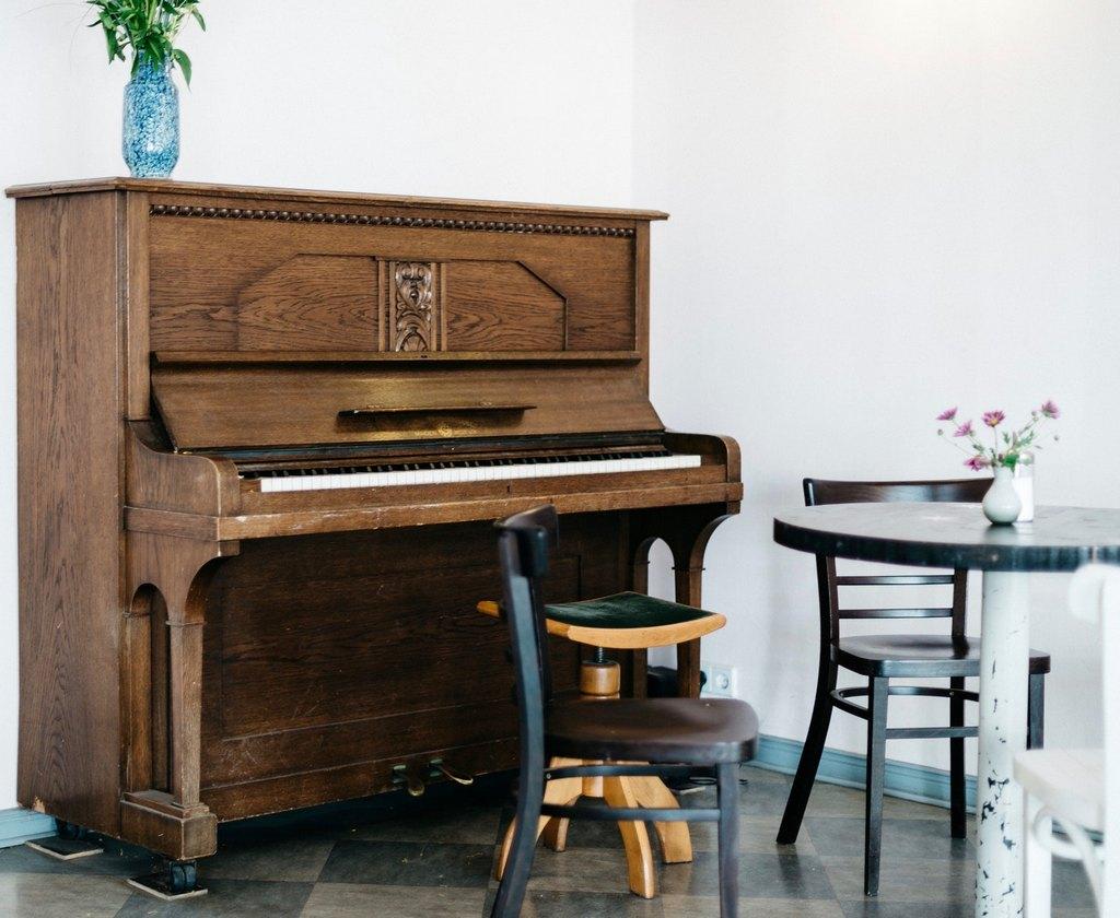 Как выбрать пианино бу