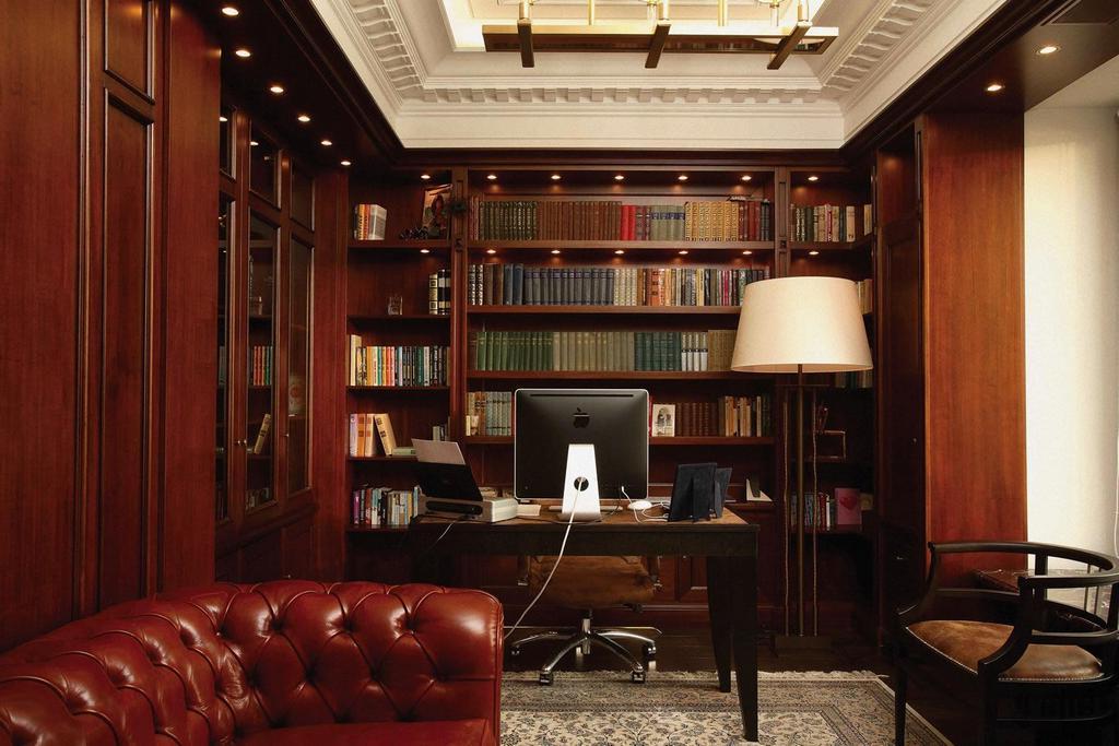 Мебель для библиотеки в классическом стиле