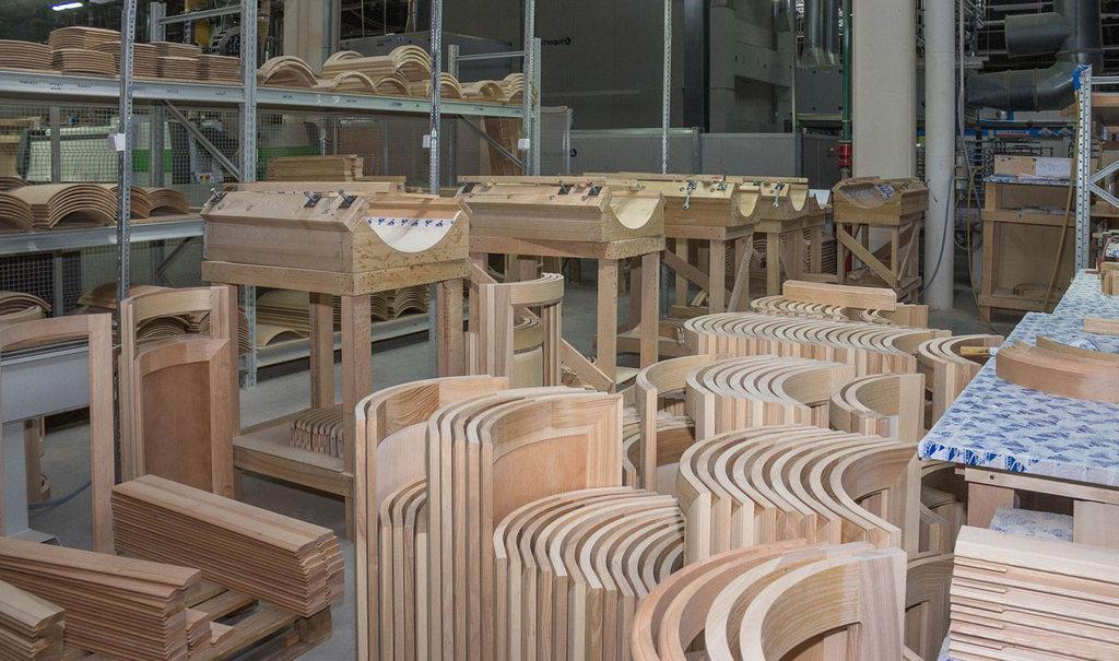 Материал и качество изготовления кухонной мебели