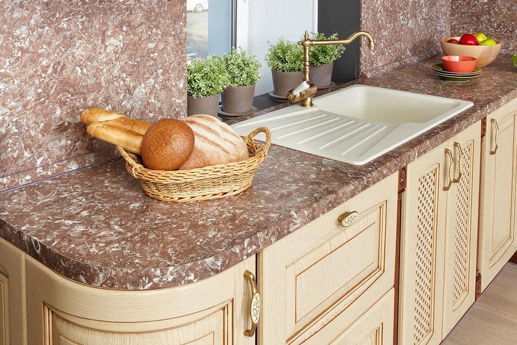 Выбор столешницы под кухонную мебель