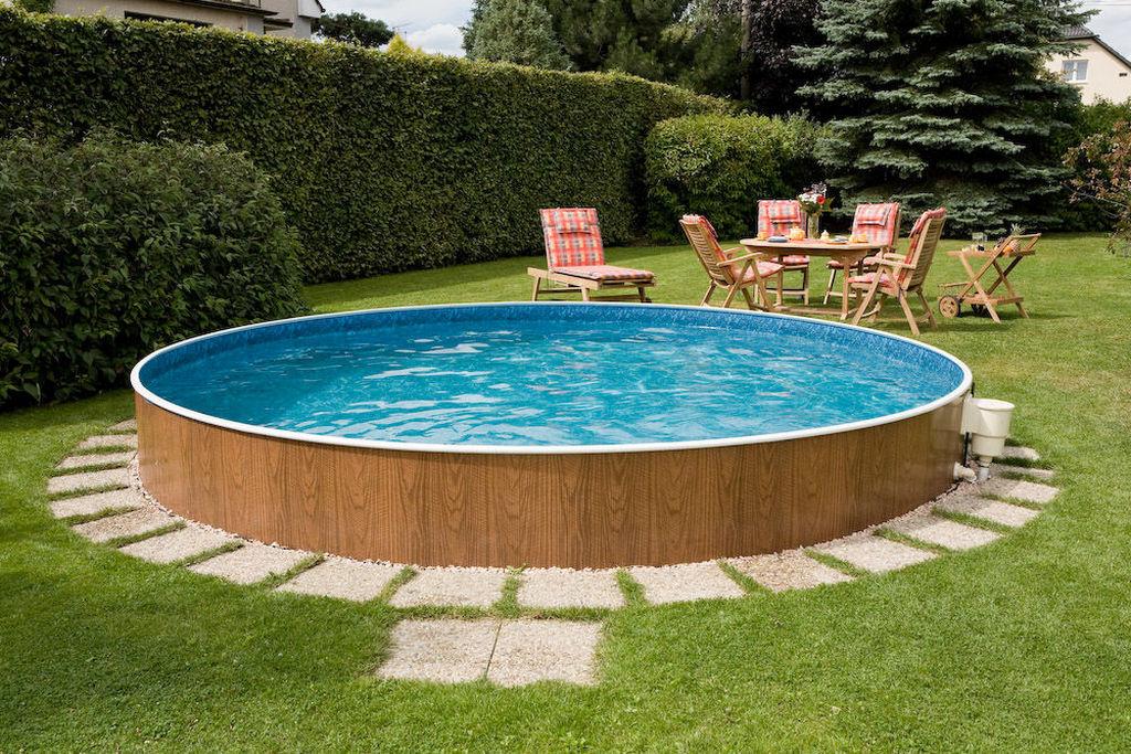Когда лучше всего строить бассейн в саду