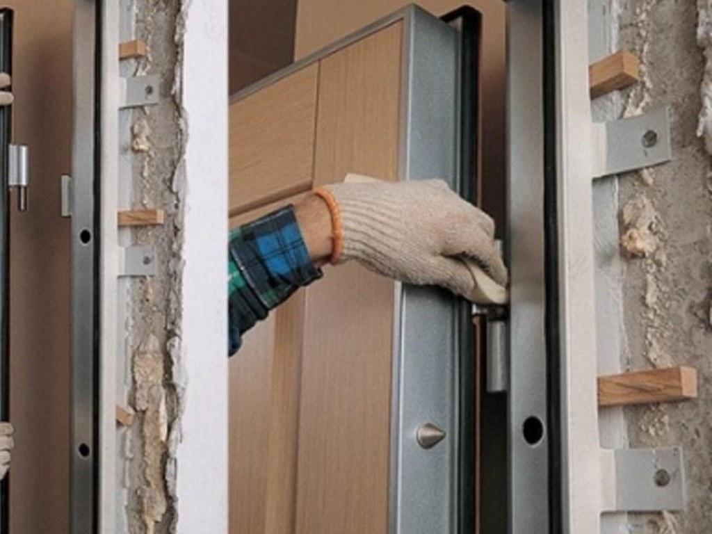 Конструкция двери с терморазрывом