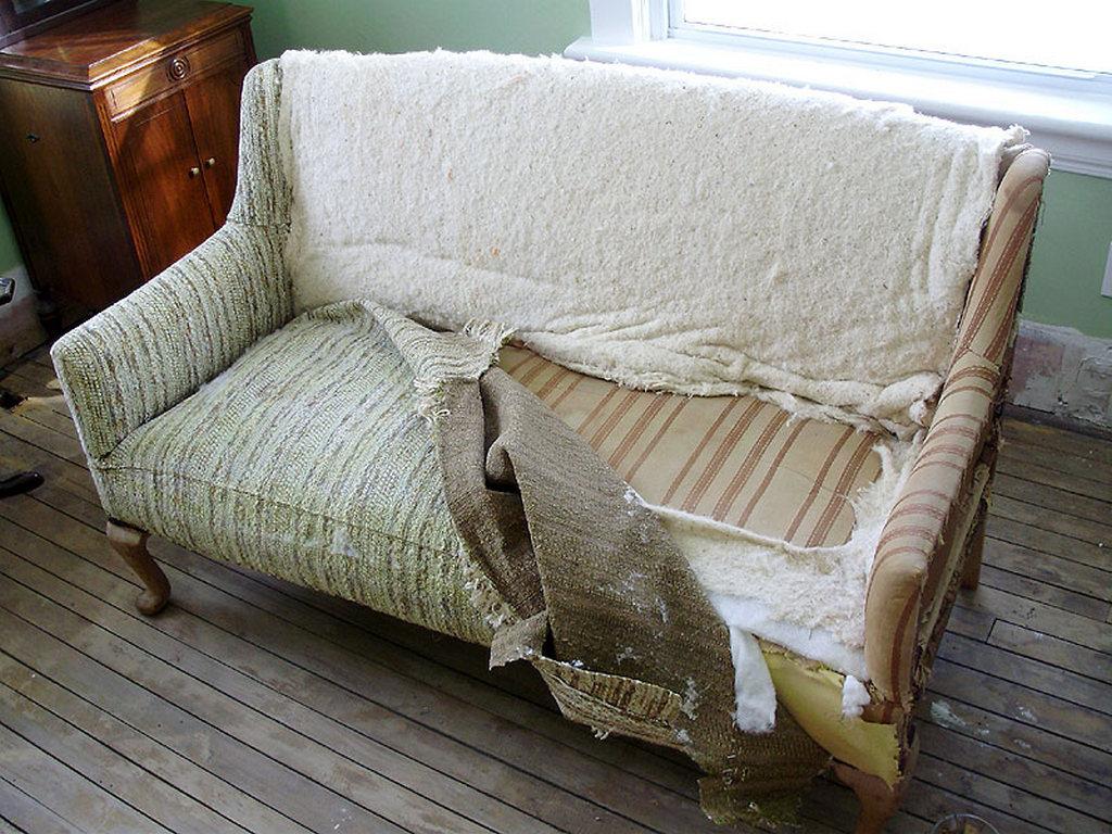 Виды работ по восстановлению дивана