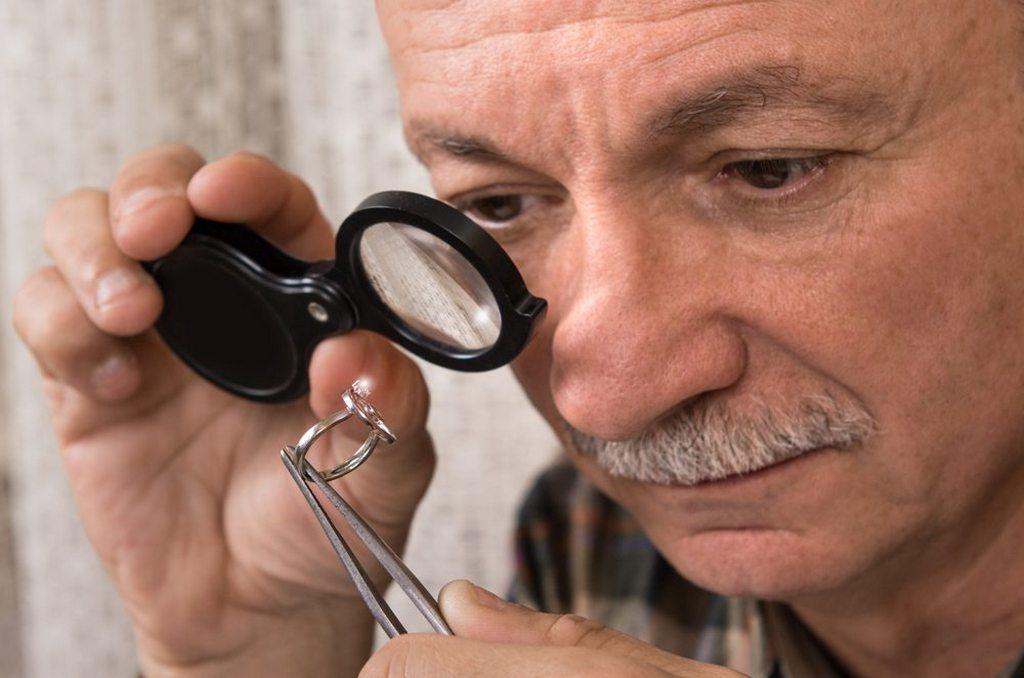 Как проверить настоящие ли серебряные украшения