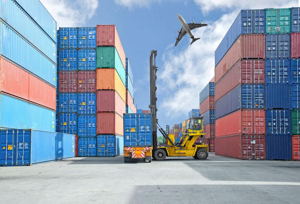 Каковы преимущества контейнерных перевозок