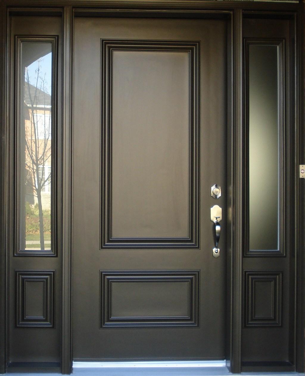 Проверяем дверную коробку и наполнение двери