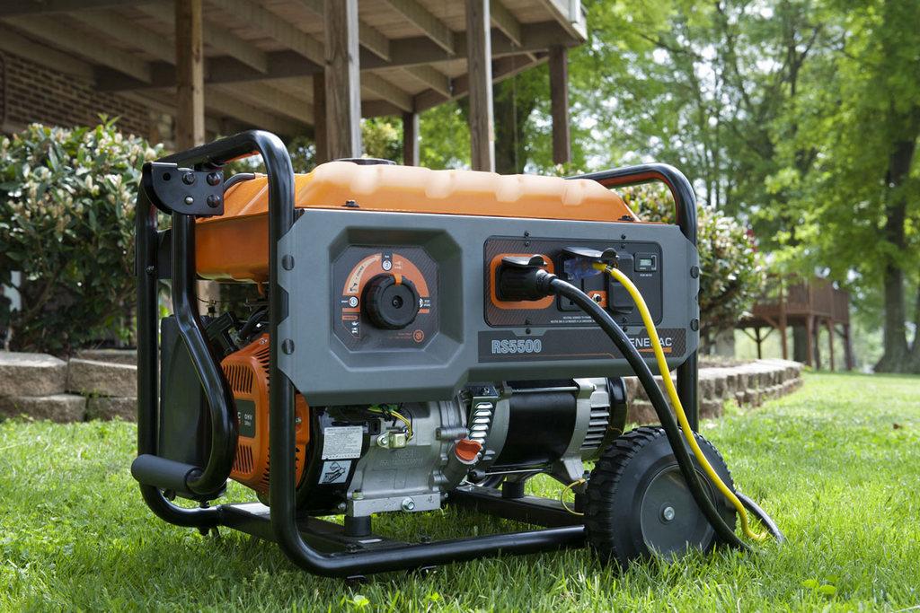 Преимущества бензиновых агрегатов