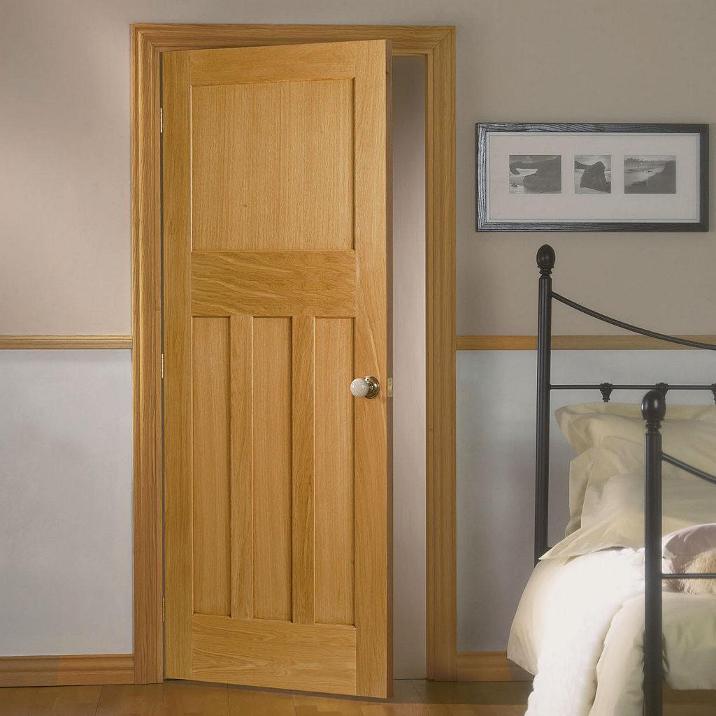 Почему стоит выбрать межкомнатные двери из натурального дерева