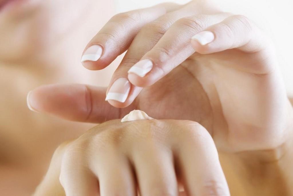 Как бороться с сухостью кожи рук