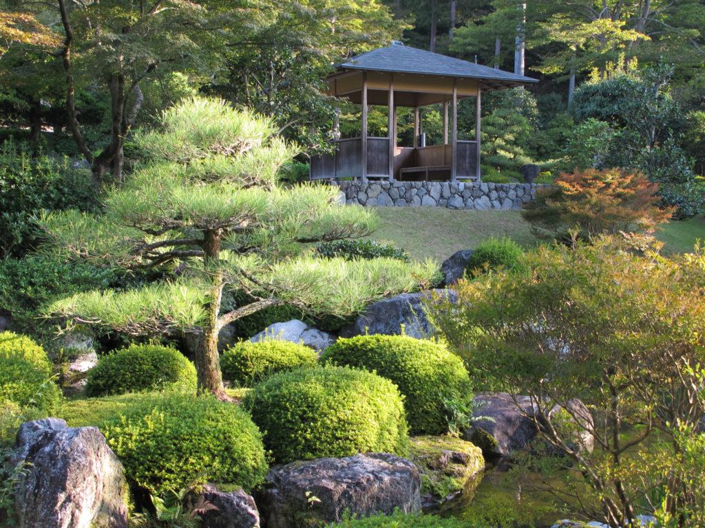 Где уместно создать японский сад