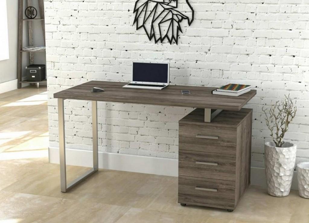 Прямой вариант компьютерного стола