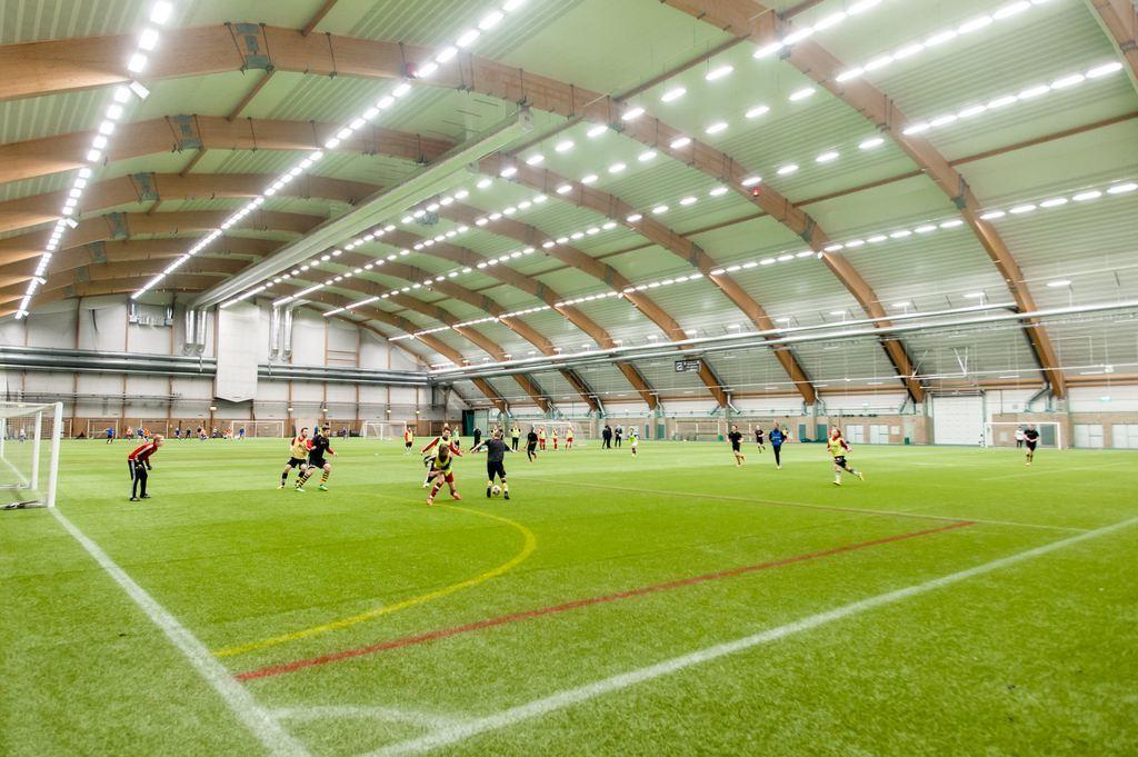 Свет на спортивных объектах