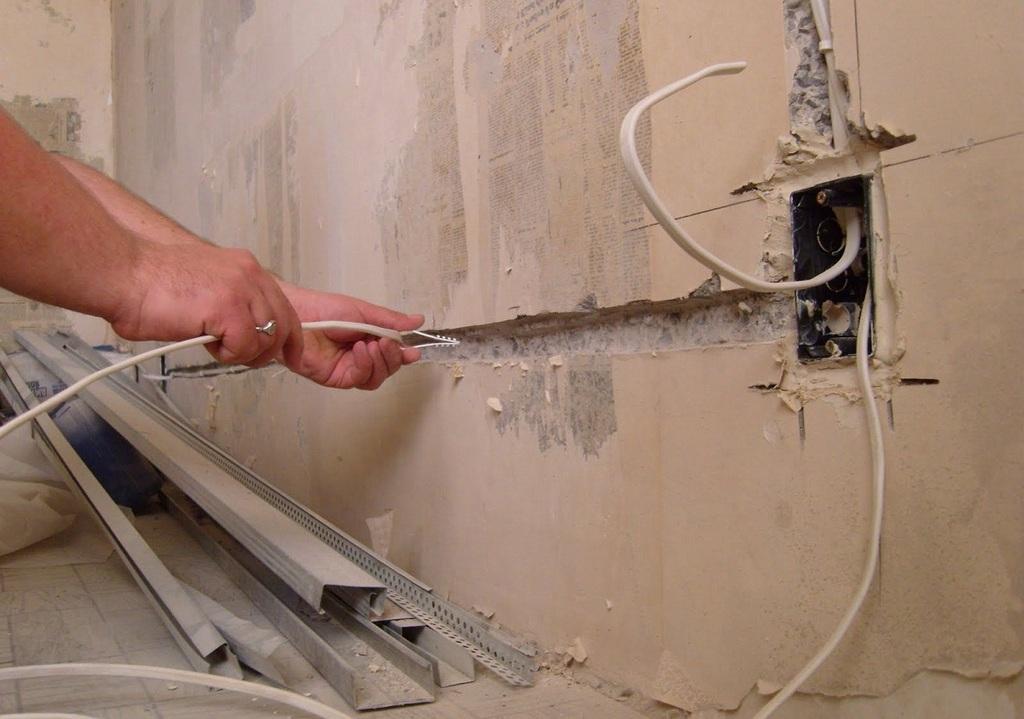 Особенности прокладки кабеля в частных домах