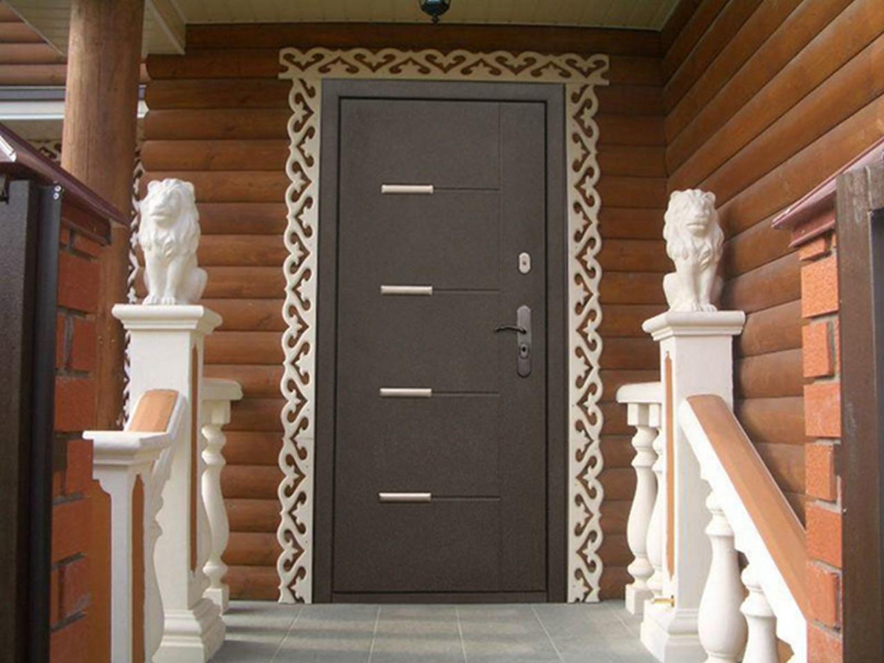 Красивая и надёжная входная дверь